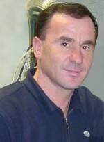 Labinot Shaqir Gashi ka lindur më 1985 në katundin Pavlan në komunën e Pejës. Djaloshi shqiptar ka një shtat elegant sportisti dhe sjellje të thjeshtë me të ... - kapinova